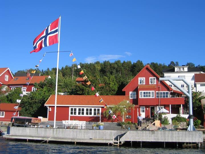Leilighet ved sjøen m/brygge