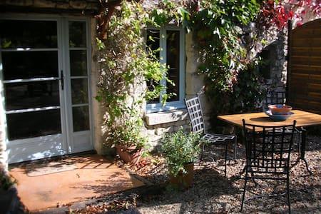 Le Pressoir, Les Coindries, nr Richelieu, France - Sérigny
