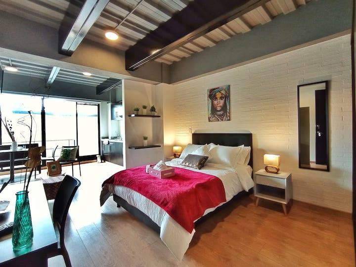 Asombroso Loft con balcón cerca de la zona rosa