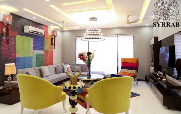 Luxurious 5 Bedroom House in DHA LAHORE