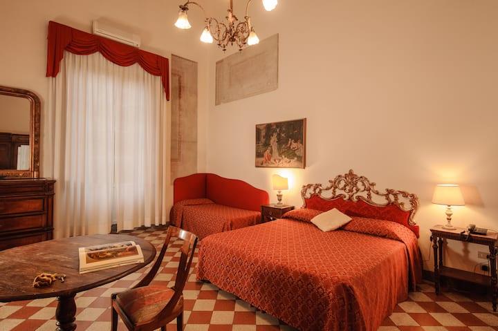 Hotel Annalena_ Junior Suite con terrazzo privato