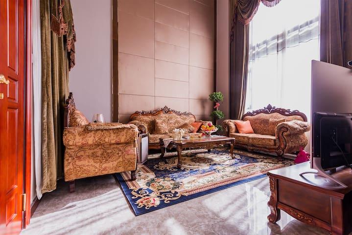 恒大海上威尼斯洋房第一排楼王复式叠墅 - Nantong