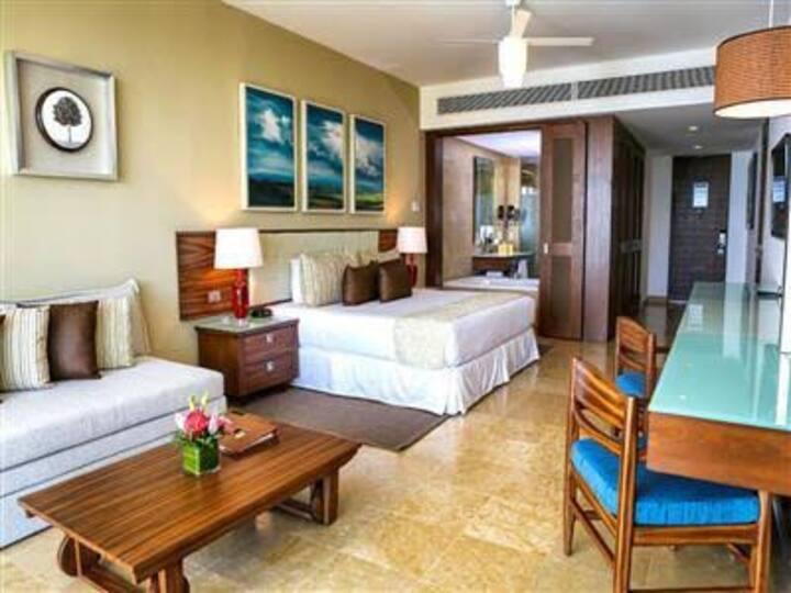 The Grand Bliss by Resort Vidanta (Nuevo Vallarta)