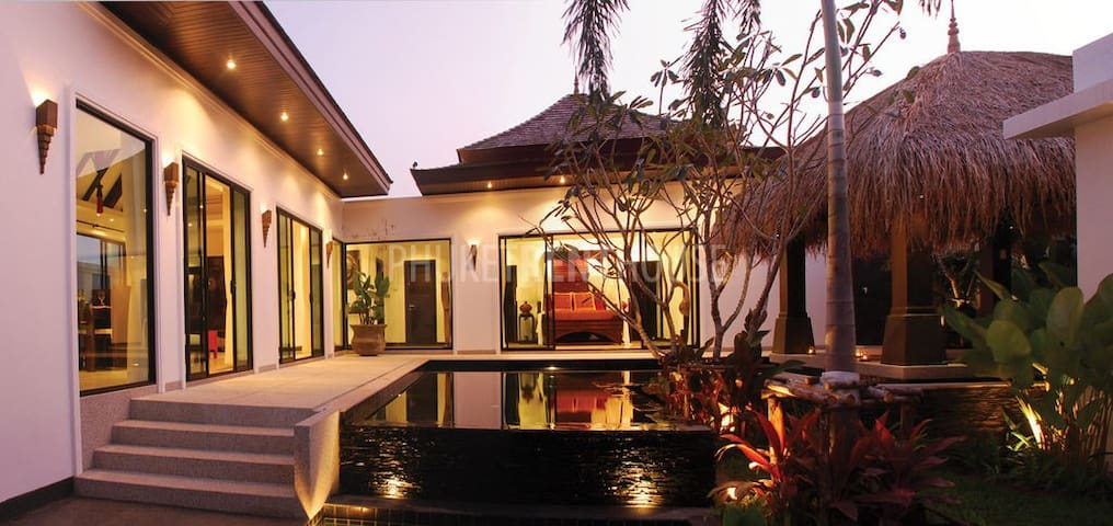 Private Pool Villa 3 BR Bang Tao Beach & Laguna