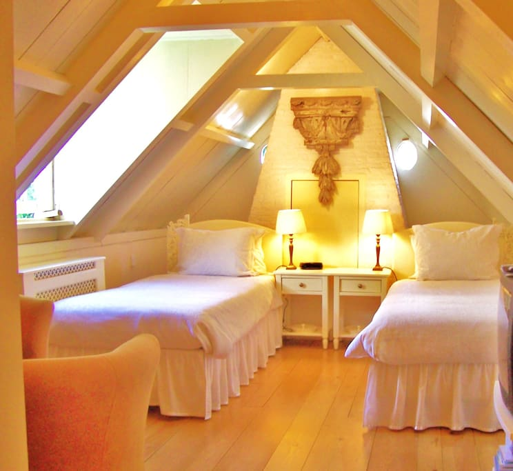 Your room has two abutting single beds, although they can be separated if required.