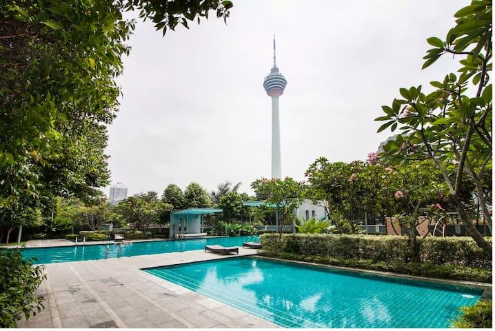 Luxury Home Stay In Kuala Lumpur