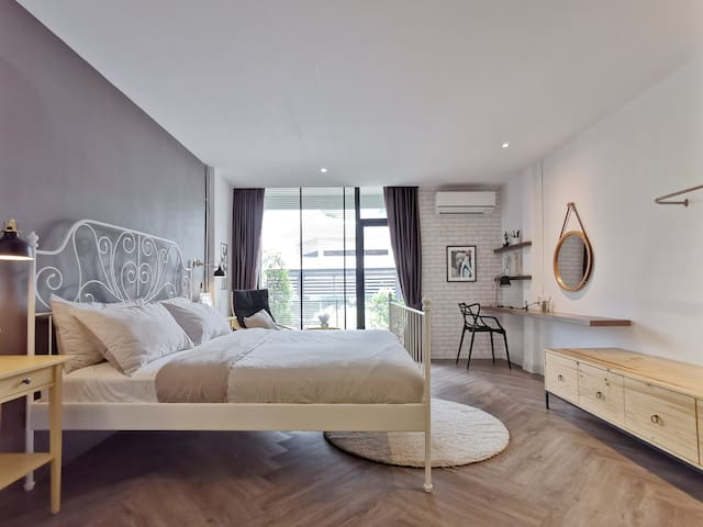 CuteCocoon3—B&B in the Lively Heart of Bangkok