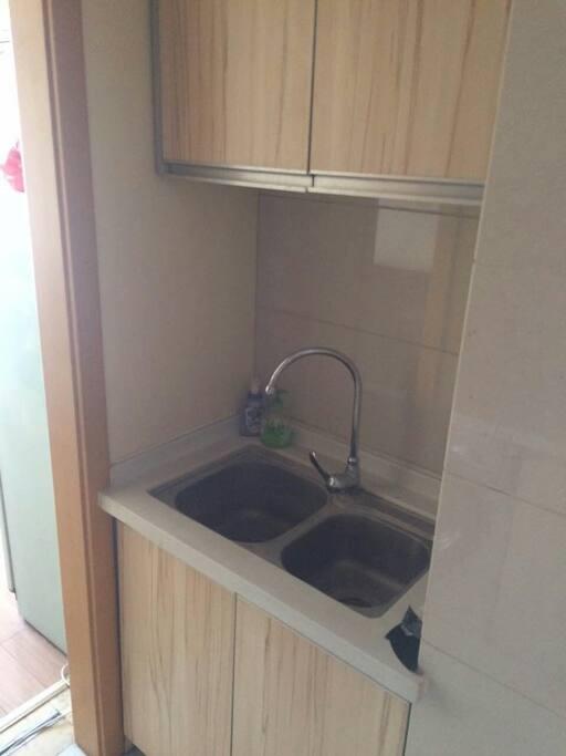 厨房洗水槽