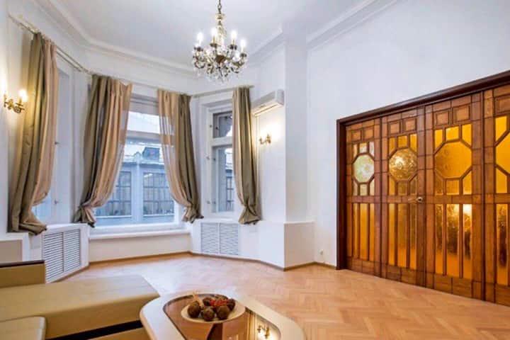 Tverskaya Kremlin Unique Apartment