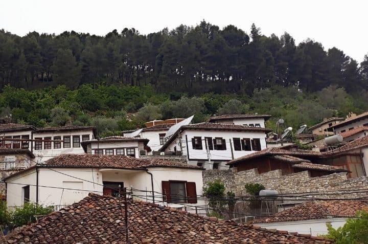 Villa Binjaket ( House Ilia)