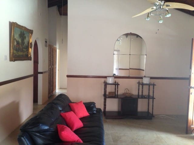 St. Lucia Apartment for rent, Castries North