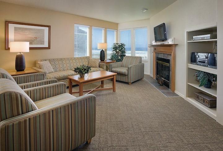 1 Bedroom at Gleneden Oceanfront Resort w/ Kitchen