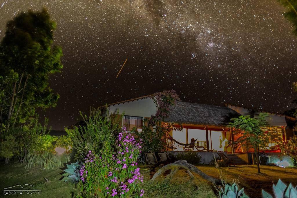 Vista da casa noturna