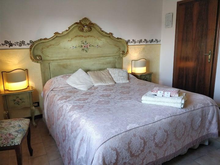 Room n°2 Doge's near Venice