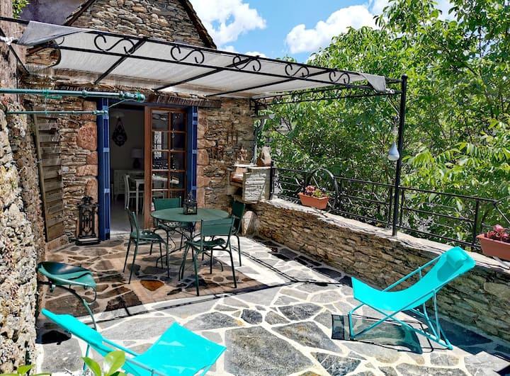 Maison avec terrasse au cœur du village de Conques