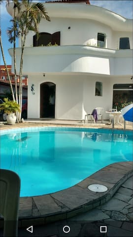 Casa do Pirata - Casa Praia da Enseada com piscina