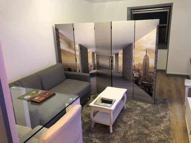 Studio dans residence avec parking Canal plus/sat