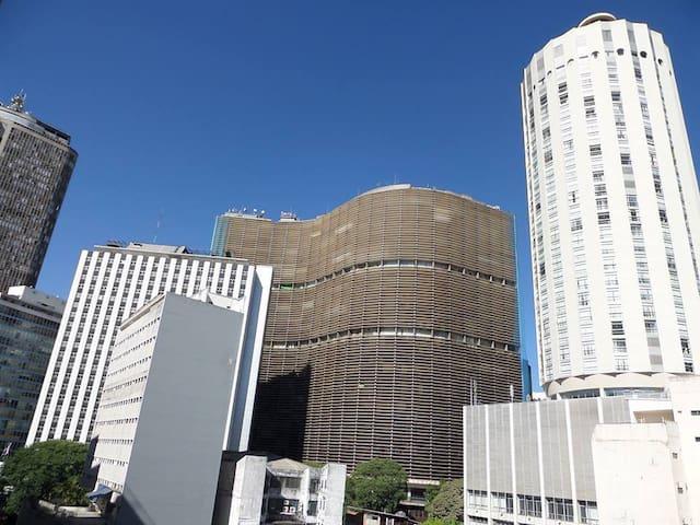 APARTAMENTO  -   CARTÃO POSTAL DE SÃO  PAULO
