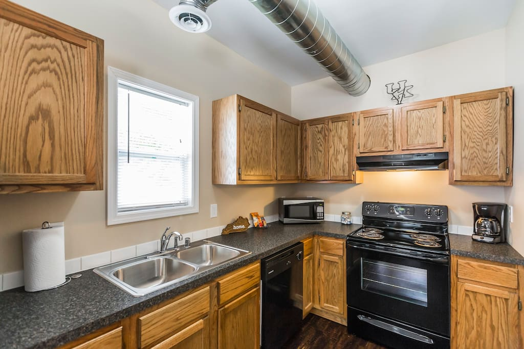 Enjoy this large kitchen to cook breakfast or dinner