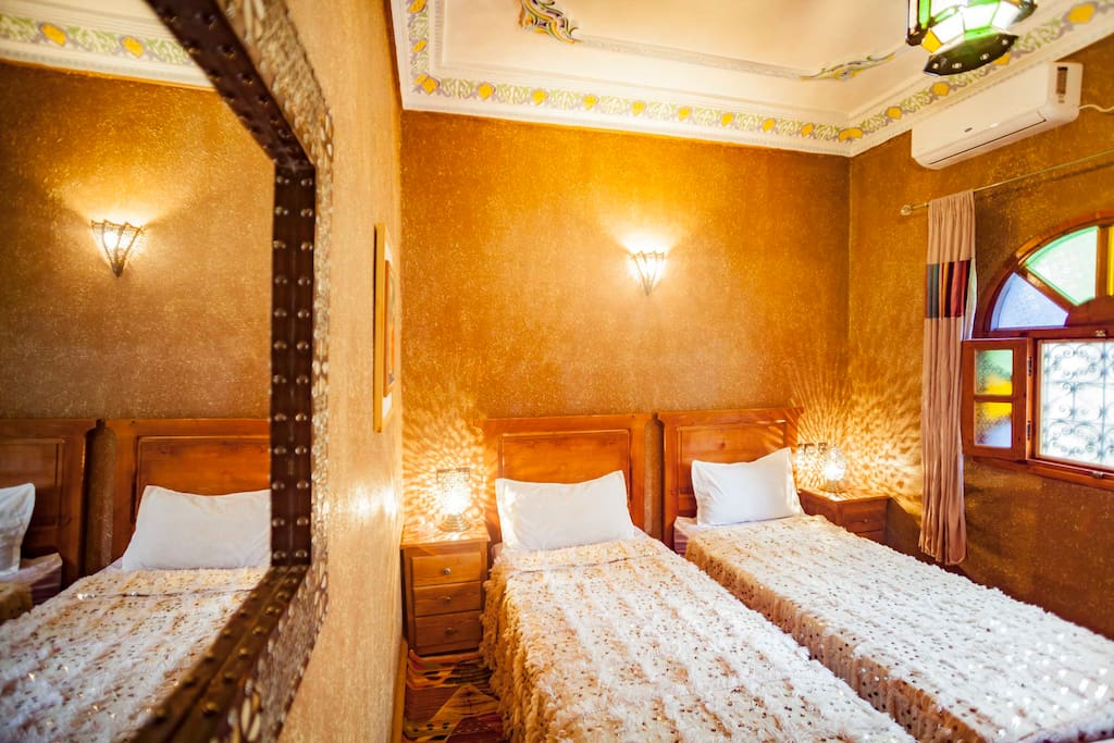 Anamar room
