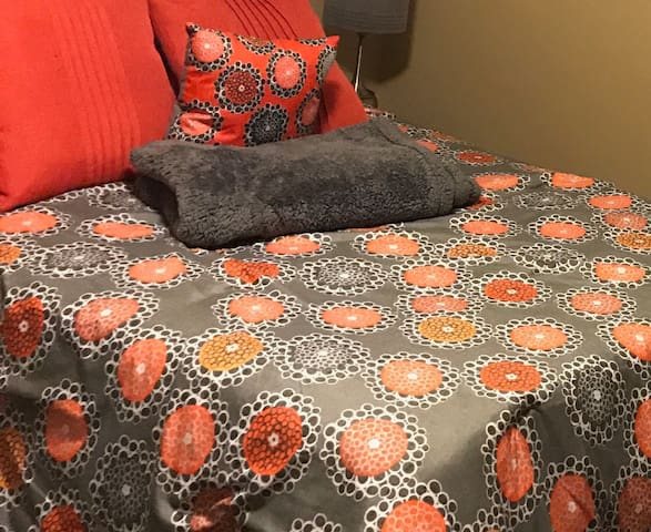 Private guest room in Ridgecrest * (G) - Ridgecrest - Dom