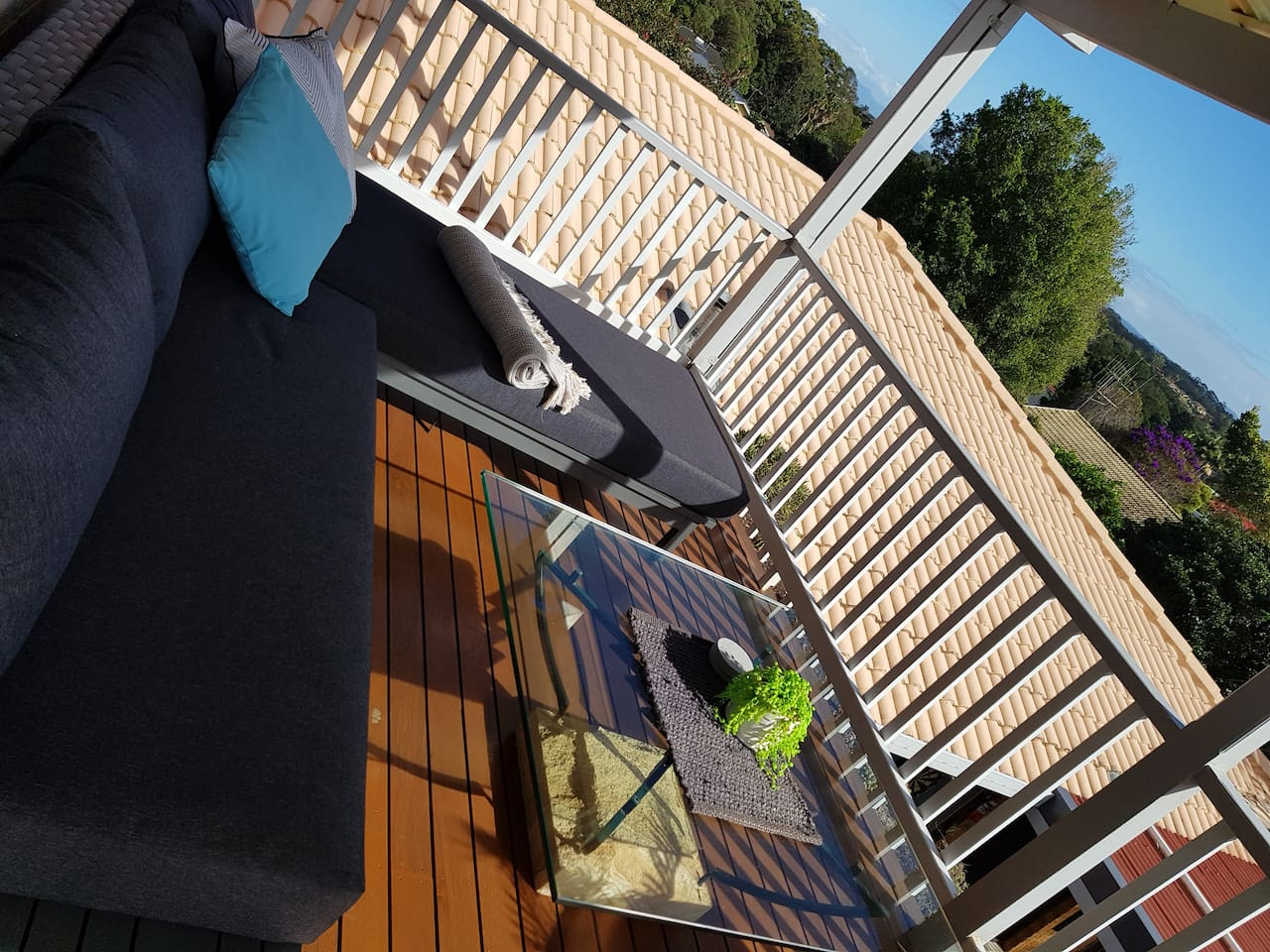 North facing deck with views and bbq