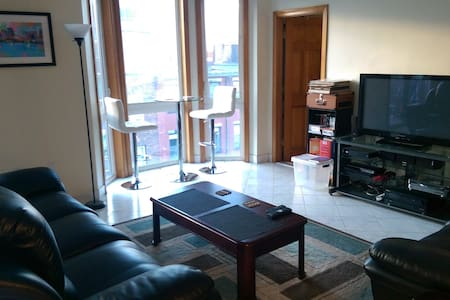 Modern 2 BR in Heart of North End, Private Balcony - Boston