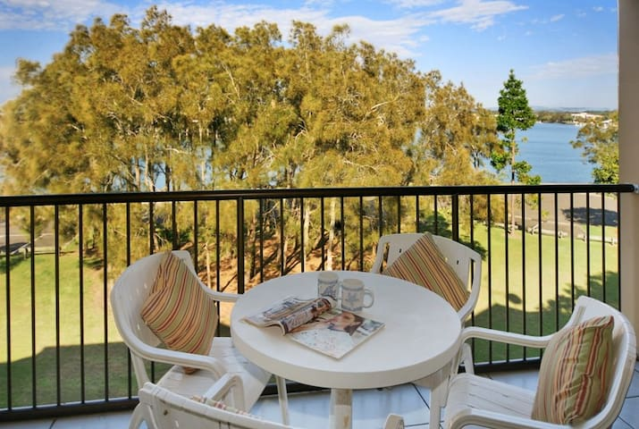 Mooloolaba apartment with views + private rooftop!
