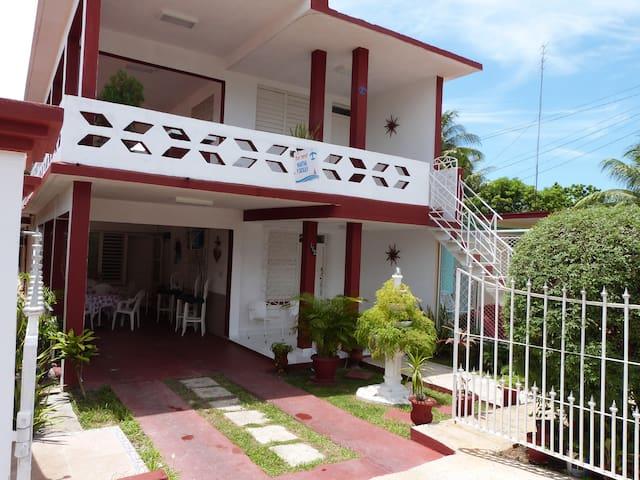 Varadero Martha´s house room 4 - Varadero - Talo