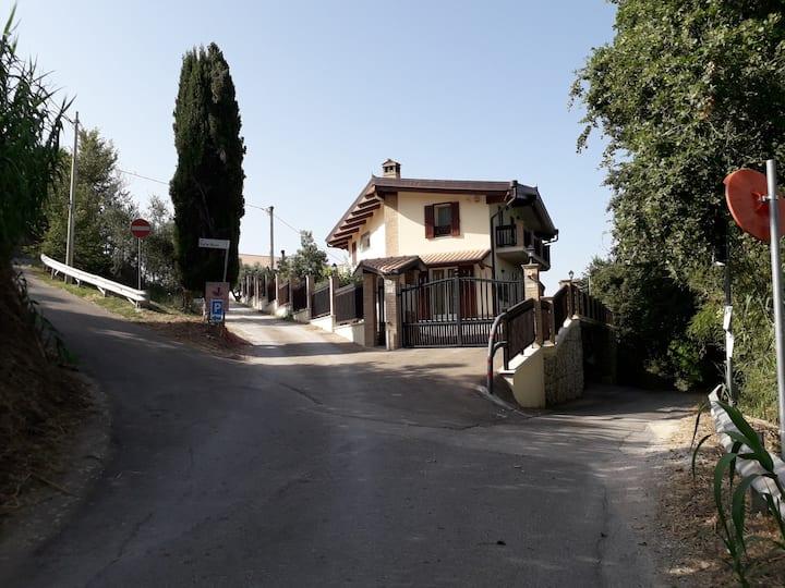 Casa sotto la Quercia - Città Sant'Angelo
