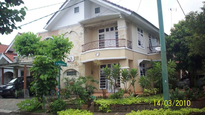 Comfort house for family and group