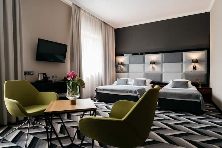 Przestronny pokój w hotelu 4*