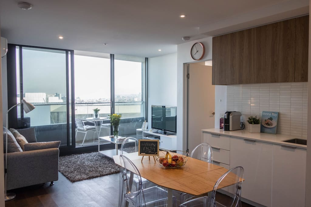 Open plan living - light and bright!