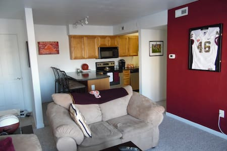 Condo very close to Virginia Tech - Blacksburg - Condomínio