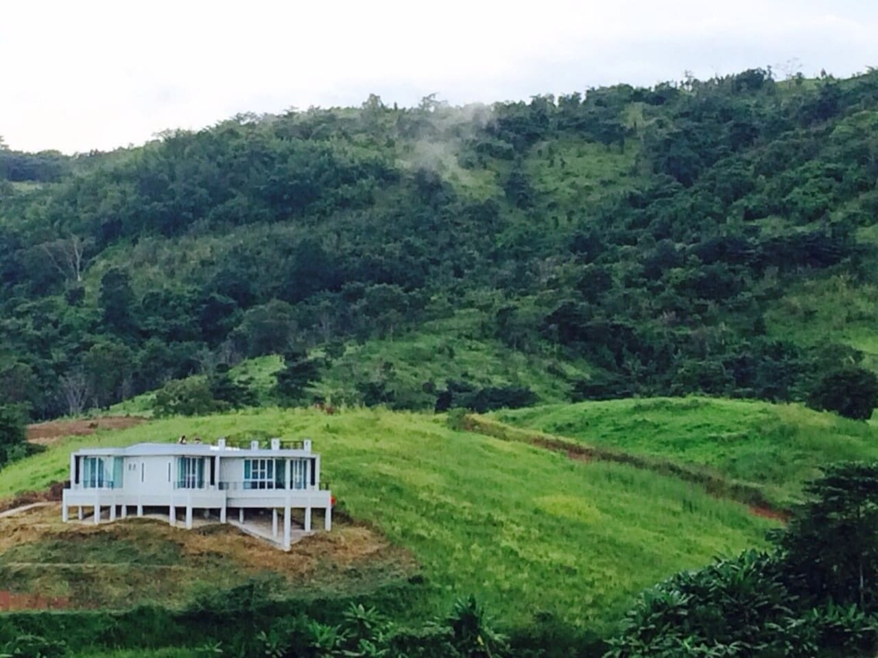 Our villa is one of very few in Khao Kor which stand right on the top of the hill so that guest can enjoy the stunning view and fresh air.