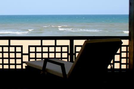 the beach club homestay - Chennai - Bungalow