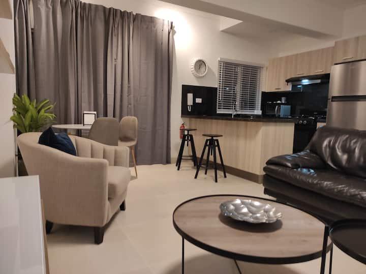 Luxury amueblado de una habitación premium