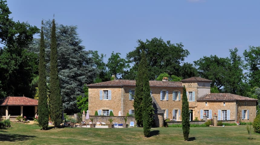 Luxury manor house, 42acre private estate, Sarlat