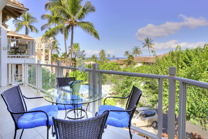 Lovely Wailea condo w/shared pool, hot tub, tennis courts & views