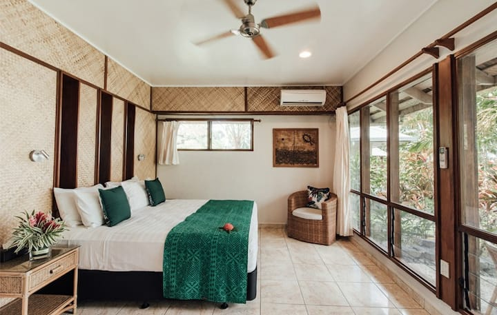 Luxurious Samoan Traditional Villa