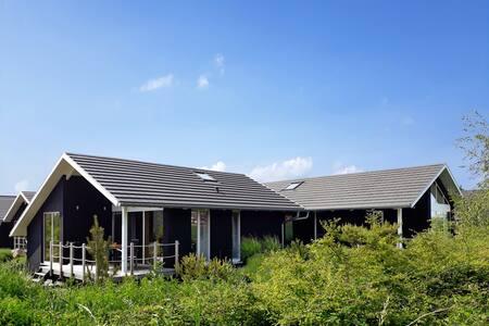 Holzferienhaus mit Sauna, 500m zum Ostsee-Strand 7