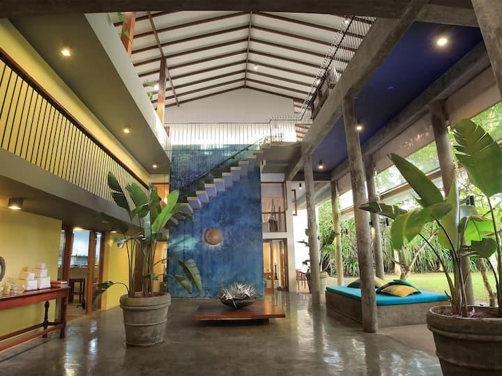 Designer chic beachfront  Saffron & Blue - an elite haven, 4BR, Bentota