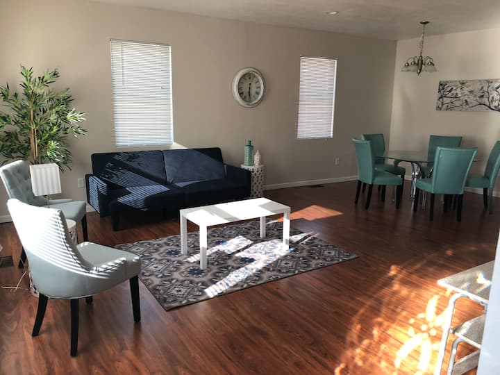 Large. Relaxing home in Oshkosh WI
