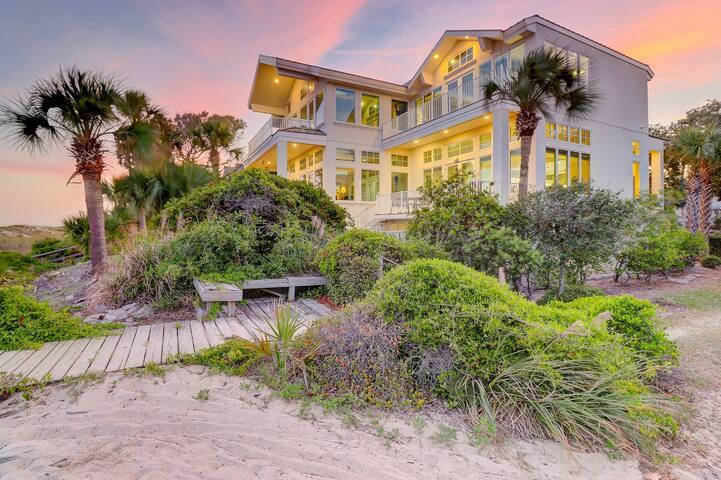 Huge oceanfront beach home w/ private pool/spa, four decks, & beach access