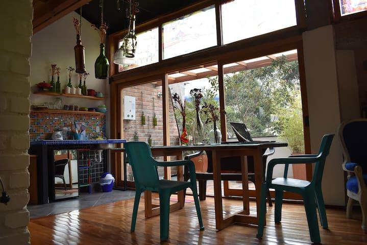 Apartaestudio tipo Loft en Pasto. Bluebird Studio