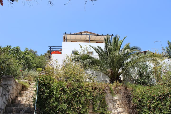Lovely 3 bedroom villa with pool. - Roumeli, Crete - Villa