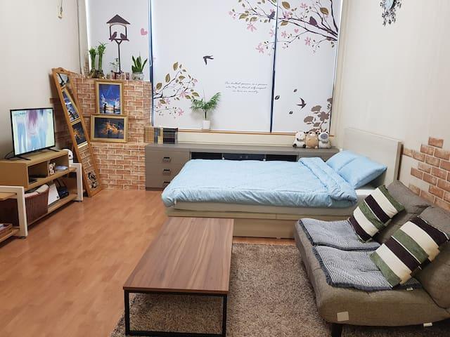 풀잠ㅡ대화역 1분 KINTEX 5min 내집같이 조용, 안락, 깨끗한 복층 여행-출장-모임