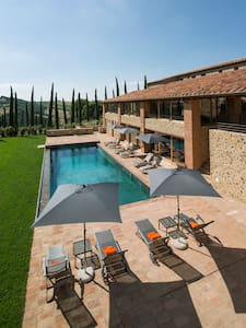 Amazing Villa in Tuscany for large Group up to 20 - Poggi del Sasso