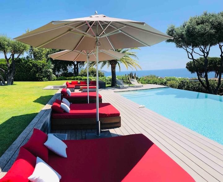 Villa Camaal, Gigaro, exceptional sea view