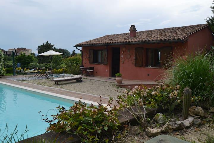 Villetta con piscina a Pila, a un passo da Perugia